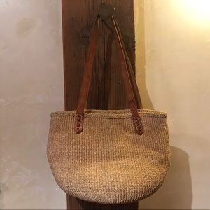 Vintage straw tote with leather straps